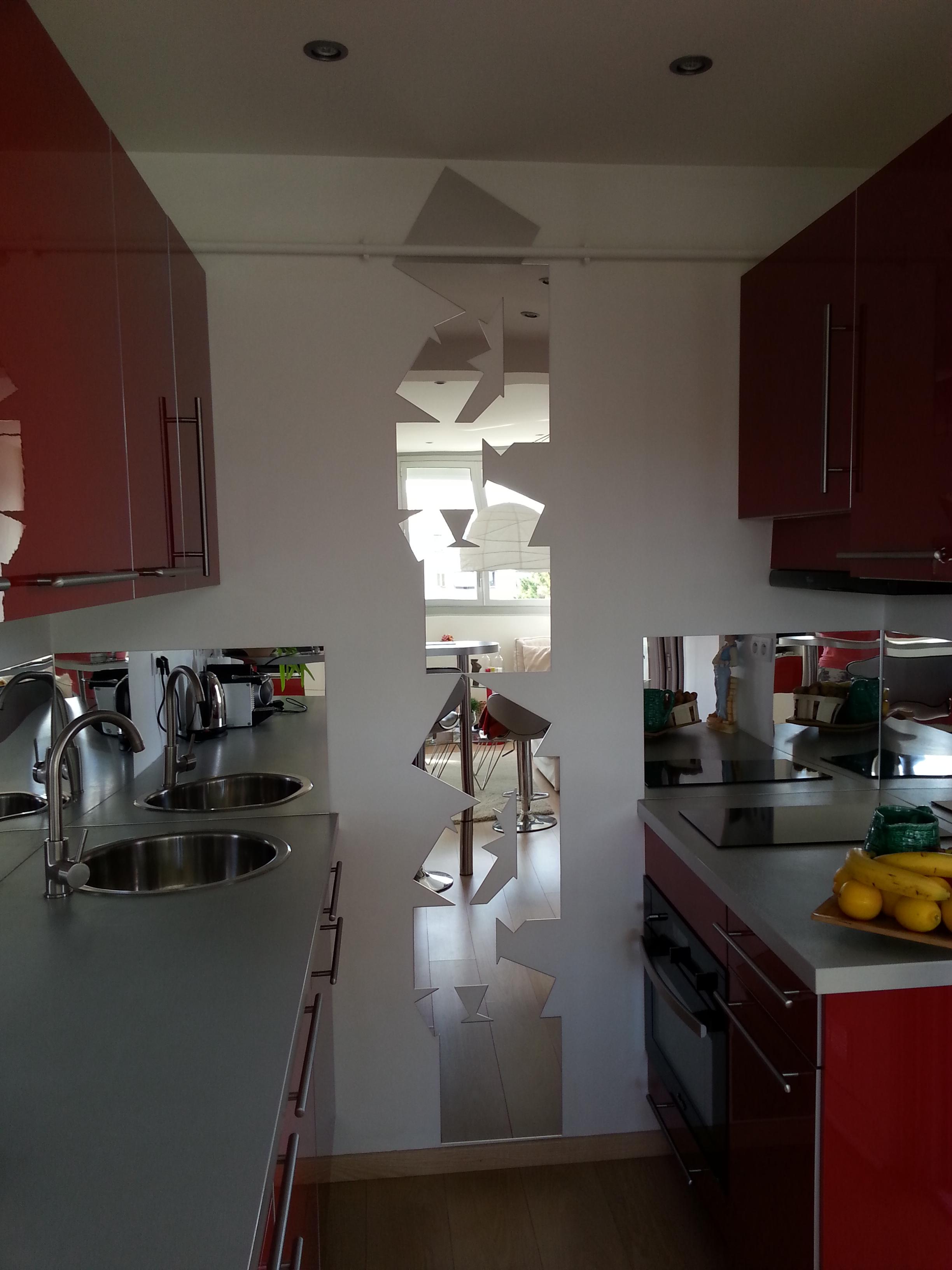 http://www.blog-decoration-miroir.fr/images/cuisine2.jpg