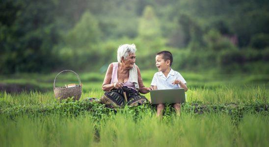 Célébrons la fête des grands-mères.